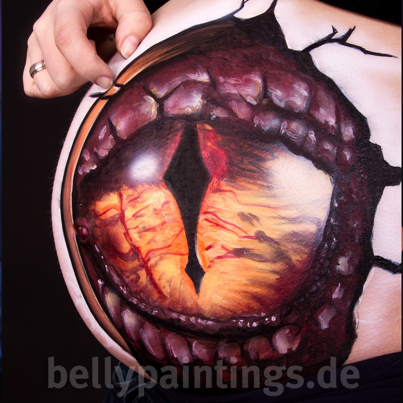 Bellypainting – Babybauchbemalung Drachenauge