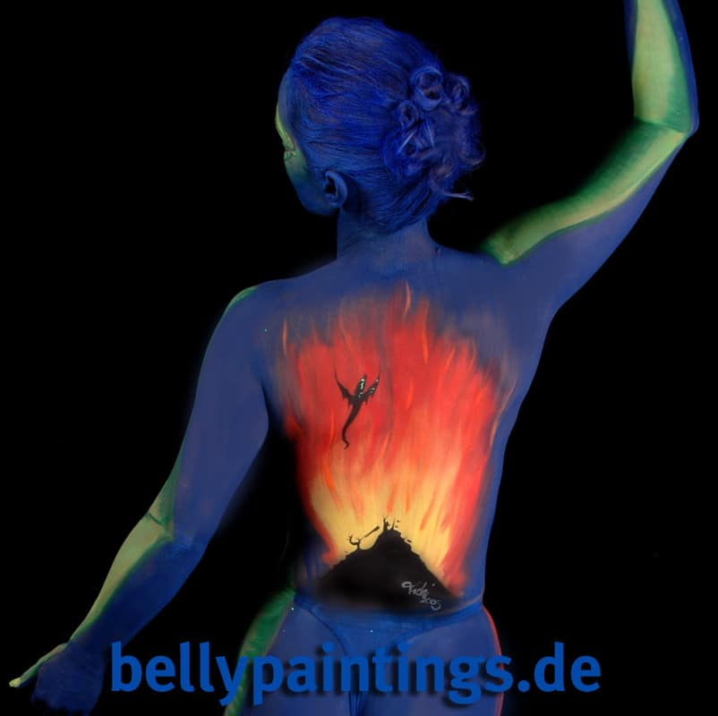 15 Jahre Bodypainting Babybauchbemalung Bellypainting Bodypainting Drachenbild hinten